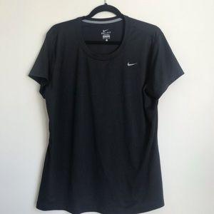 Black nike dri fit workout running tech t shirt